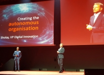Oracle Cloud Day 2018 - Neil Sholay, VP Digital Innovation di Oracle & Fabio Spoletini, Country Manager di Oracle Italia