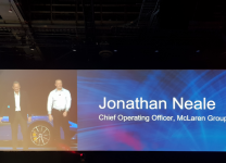 Jonathan Neale, coo di McLaren Group e Jeff Clarke, vp Products & Operations di Dell