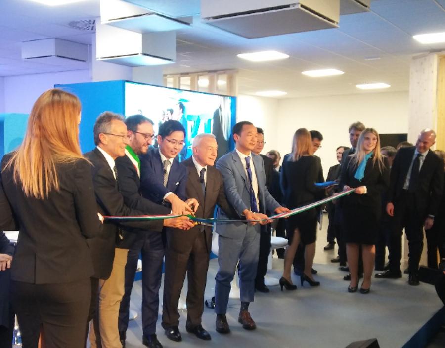 Inaugurazione centro di innovazione e ricerca ZTE, L'Aquila