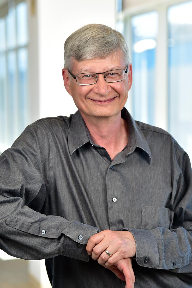 Mike Mayberry, Vicepresidente e Amministratore Delegato di Intel Labs