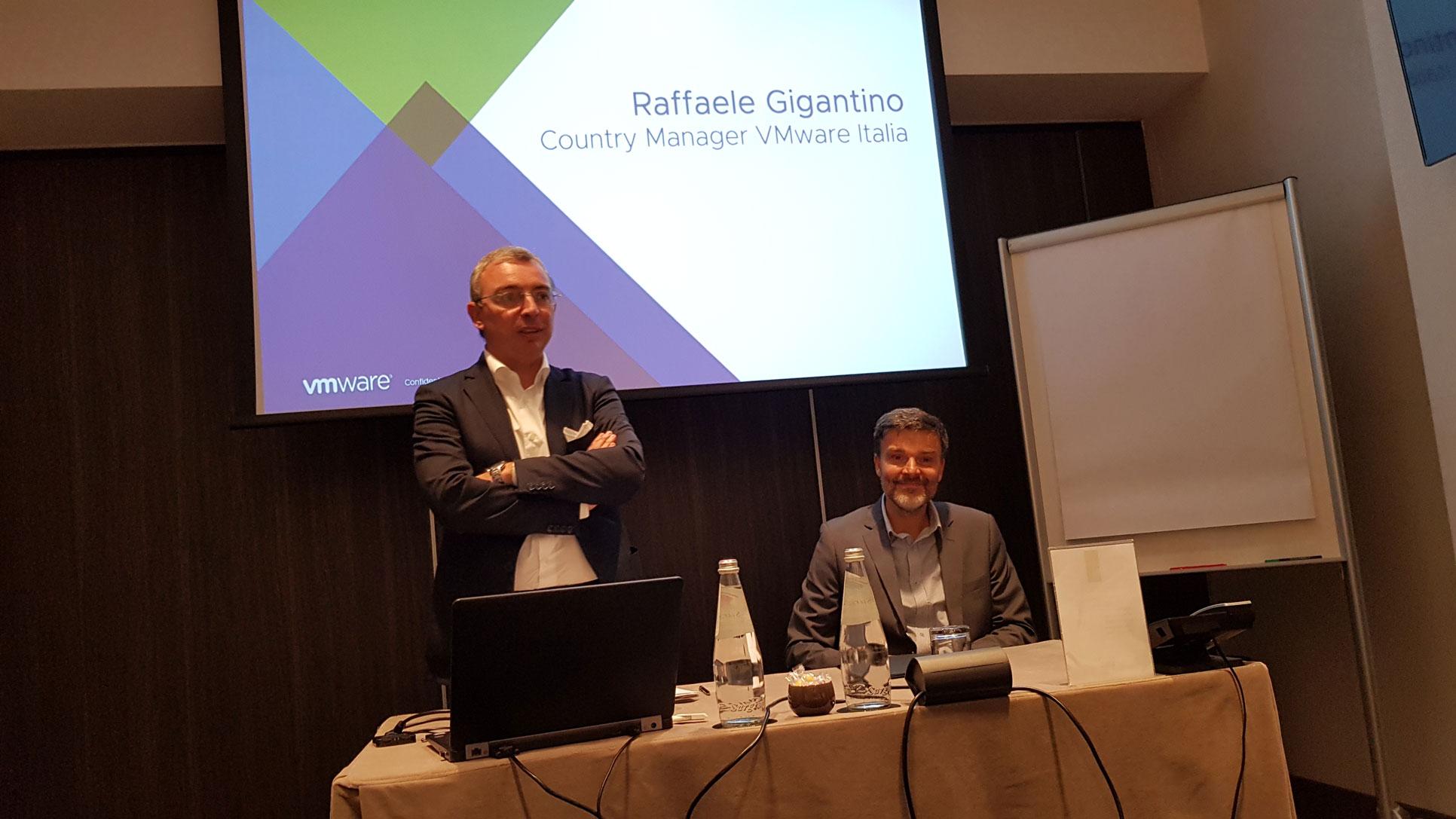 Raffaele Gigantino, Country Manager di VMware Italia e Luca Zerminiani, Sr. Presales Manager di VMware
