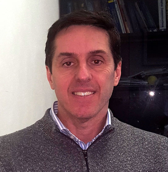 Andrea Abrardo, Professore associato presso il Dipartimento Ingegneria dell'informazione e scienze matematiche dell'Università di Siena