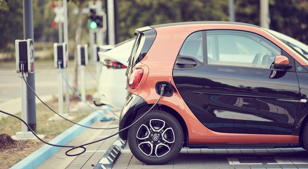 Auto elettrica Nev New Energy Vehicles