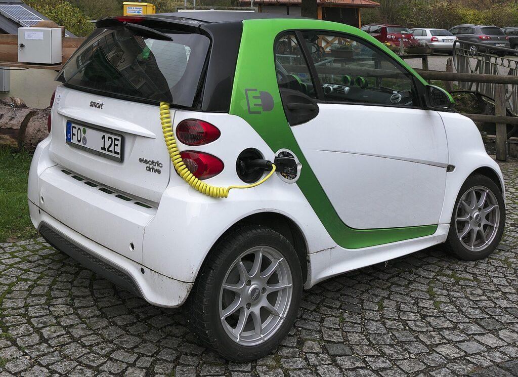 Auto elettrica - Il problema delle batterie (efficienza, ma anche gestione) è ancora molto sottovalutato