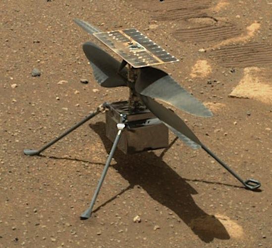 Ingenuity, l'elicottero in missione di esplorazione che sorvola Marte