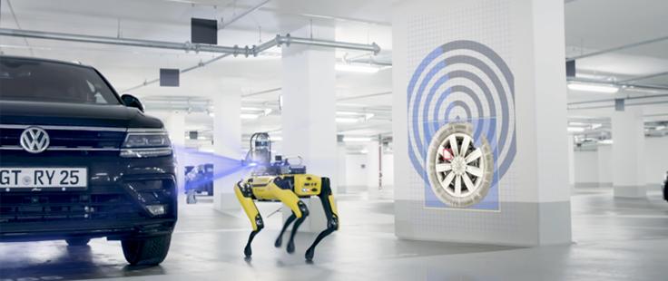 Il robot Spot di Boston Dynamics in azione